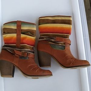 Mossino Textile Colorful Heels Boots 11